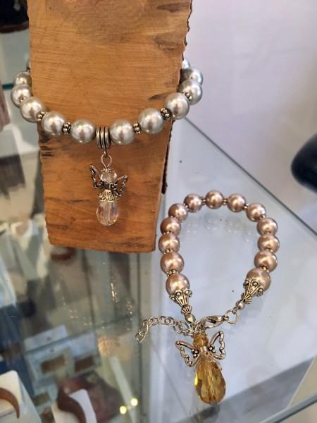 Perlenarmband mit Schutzengel
