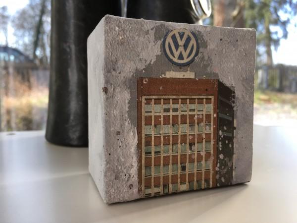 Mini Leinwandbild VW Hochhaus